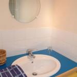 salle de bain de la chambre trois ilets à la maison des îles